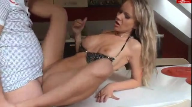kutpiersing gratis sex ontmoeting