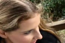 Buitensex met een geil tiener meisje