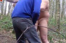 Gay cruising in het bos met sex video om het te bewijzen